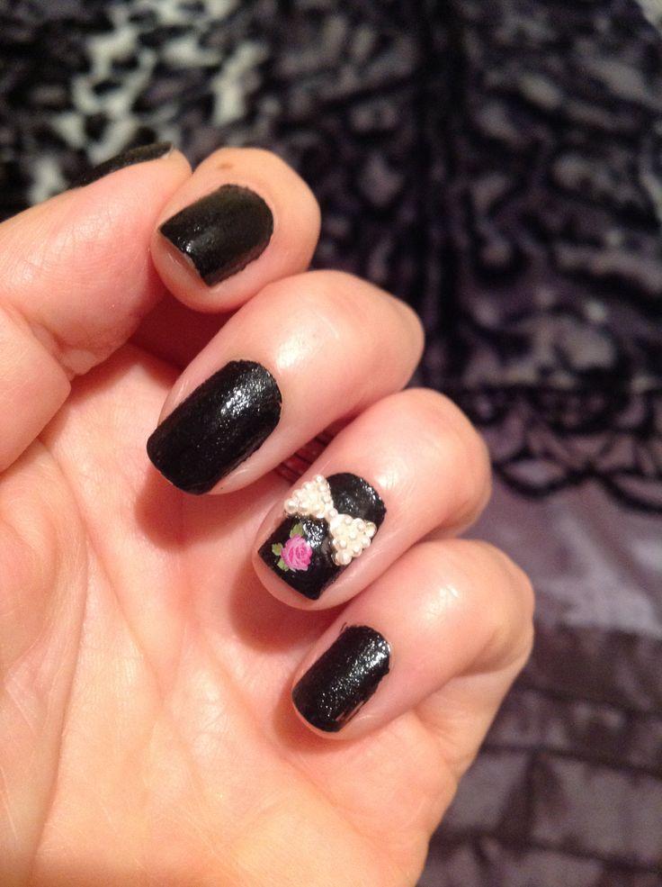 25/5/14 nail polish called black leather