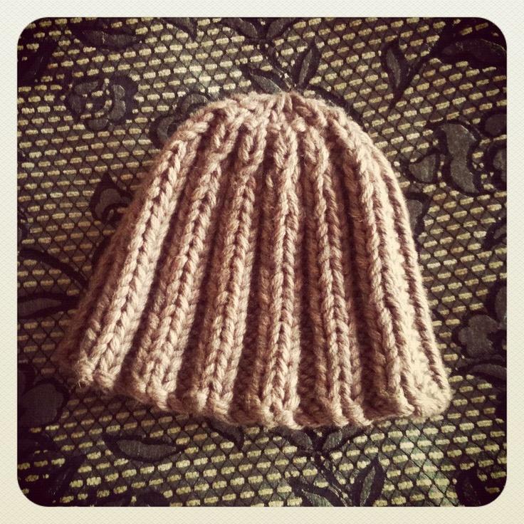 Knitted chunky hat in Nettle Aran