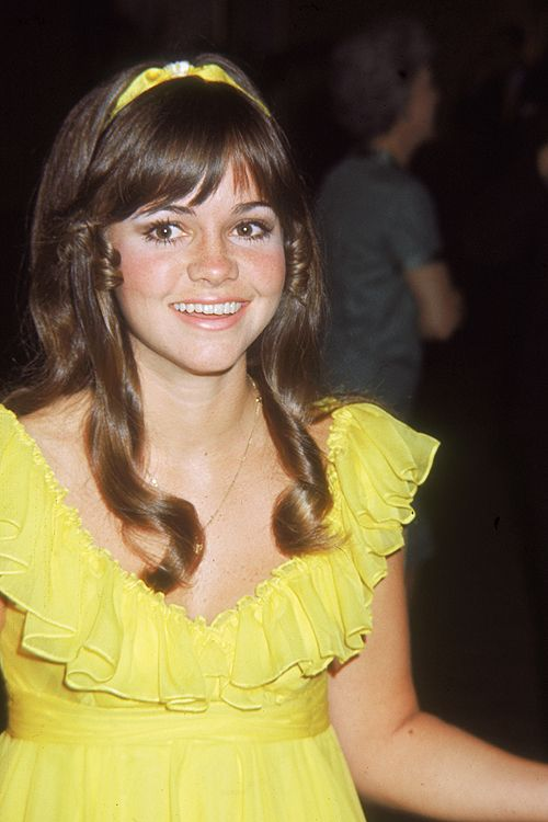 Sally Field, 1968…She is so adorable!    ♥ ♥ ♥