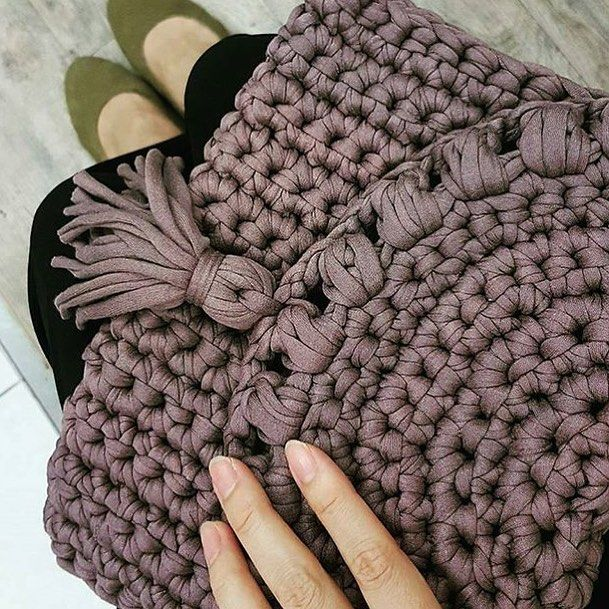 "633 Likes, 8 Comments - Repost#livingcrochet (@livingcrochet) on Instagram: ""From @shareyourknits"""