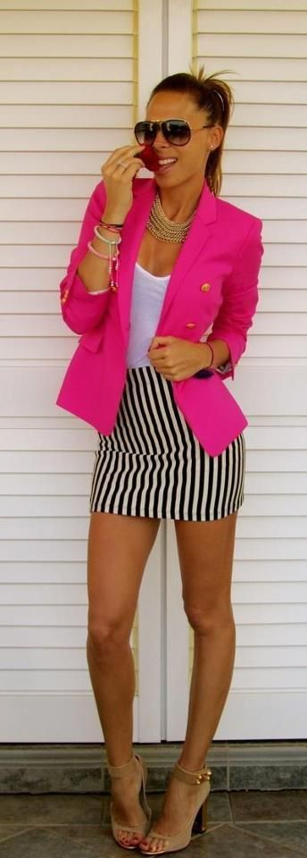jupe courte et blazer rose