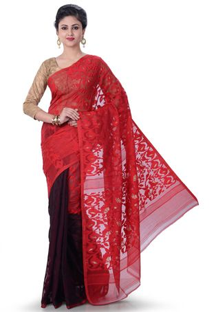 Beautifully draped, this Cotton Silk Bengal Jamdani Saree in Red and Wine is brilliantly detailed with Zari woven and Thread work. This Saree is also available with a Cotton Blouse in Wine.