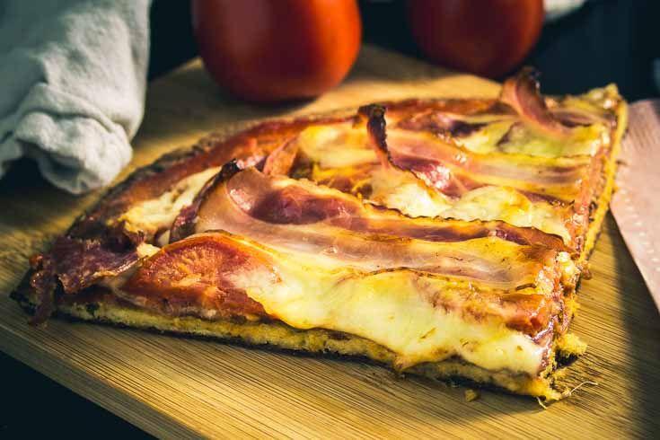 Low Carb Pizza mit Ehekrise, glutenfrei