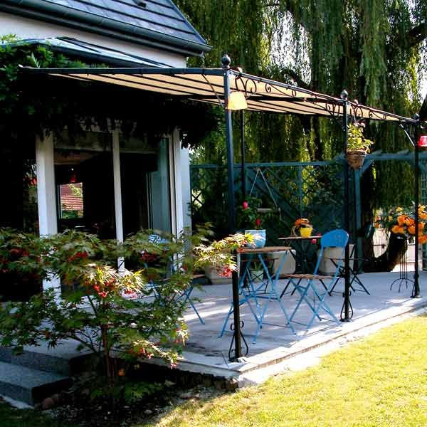 25 best ideas about tonnelle adoss e on pinterest pergola bois auvent de - Tonnelle adossee fer forge ...