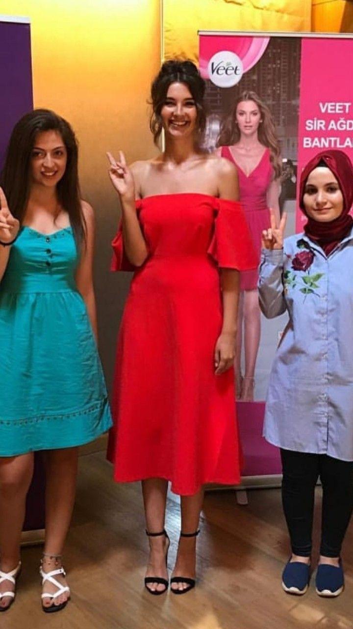 Pin By Nigh Cemre On Leyla Lydia Tugutlu Off Shoulder Dress Dresses Fashion