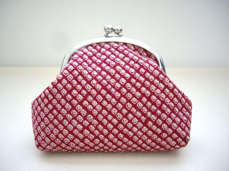 Red shibori kimono gamaguchi, Red Cosmetic bag, Kimono fabric purse, Gamaguchi make up bag, Silk kimono, Red Toiletry bag,  Gift for mom by WAYOKO on Etsy
