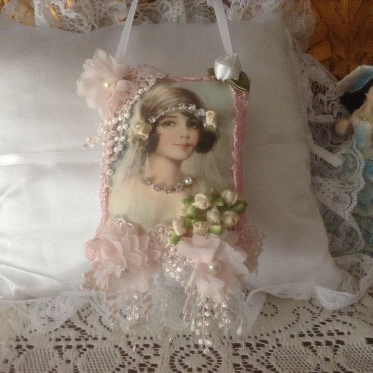 6 inch lavender scented sachet in blue with image of Victorian