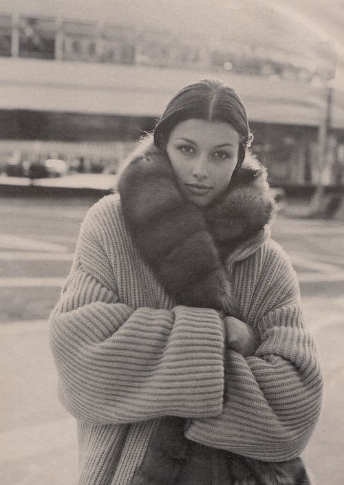 "80s-90s-supermodels:    ""Warm Front"", W US, October 1993Photographer : Bico StupakoffModel : Bridget Moynahan     Perfect for this weather…"