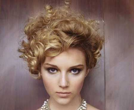 Best Short Curly Hairstyles 2014 | http://www.short-haircut.com/best-short-curly-hairstyles-2014.html