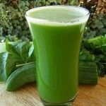 Dr Oz Green Juice Recipe with Vitamix Blender 12 oz Filtered Water 1 cup Spinach ½ cup Cucumber 2 Celery Stalks 1 small bunch Parsley 2 Apples (cored) ½ inch Ginger Juice 1 Lime 1½ cups Ice