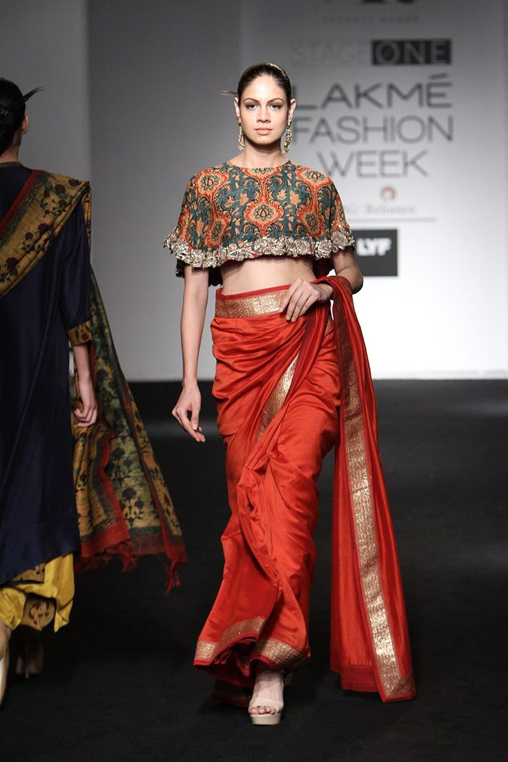 One of the best outfits seen at LFW. This cape style saree is the perfect quirky style this summer #LFW #LIFW2016 #Frugal2Fab