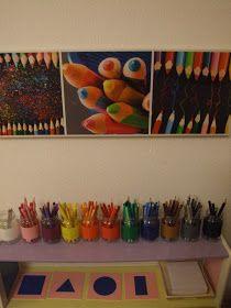 A chaque fois que quelqu'un nous  rend visite, j'ai droit aux compliments concernant le rangement des  crayons. Et les mamans s'empresse...