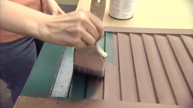 Differences in Water-Based, Oil-Based and Latex Paints DIY