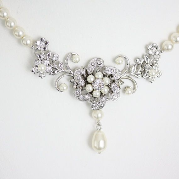 Wedding Necklace Ivory Pearl Bridal Necklace  Vintage style