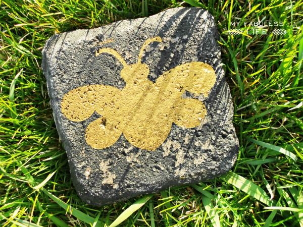 Stenciled Garden Paver (This one's a bee! Easy painting instructions via the link to Craftaholics Anonymous.)