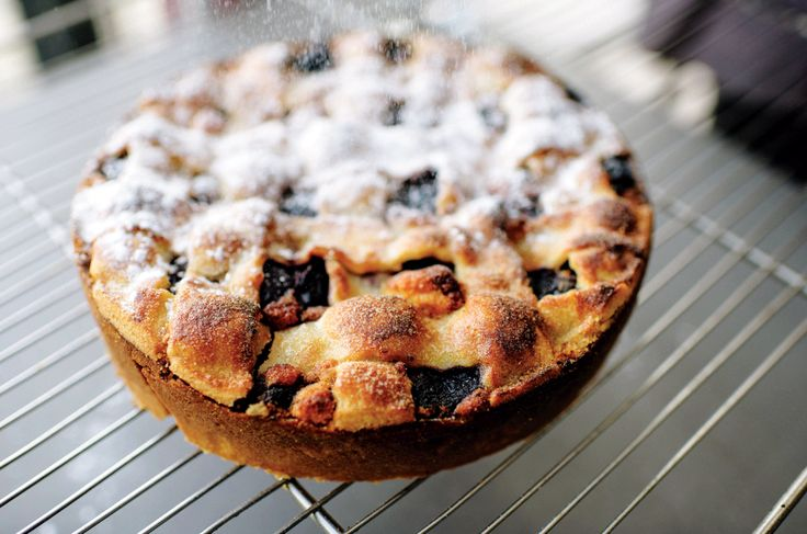 Tom Kitchin shares his recipe for making a cherry tart from fresh cherries.
