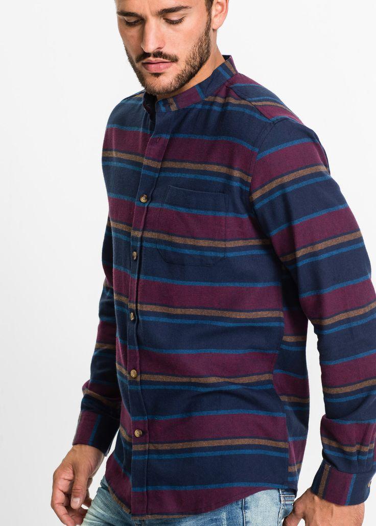 Flanell-Langarmhemd mit schönen gedeckten Herbstfarben. Der kleine Stehkragen ist total modern. Das Hemd passt deshalb genauso gut in die Kategorie Streetstyle wie Partyoutfit.