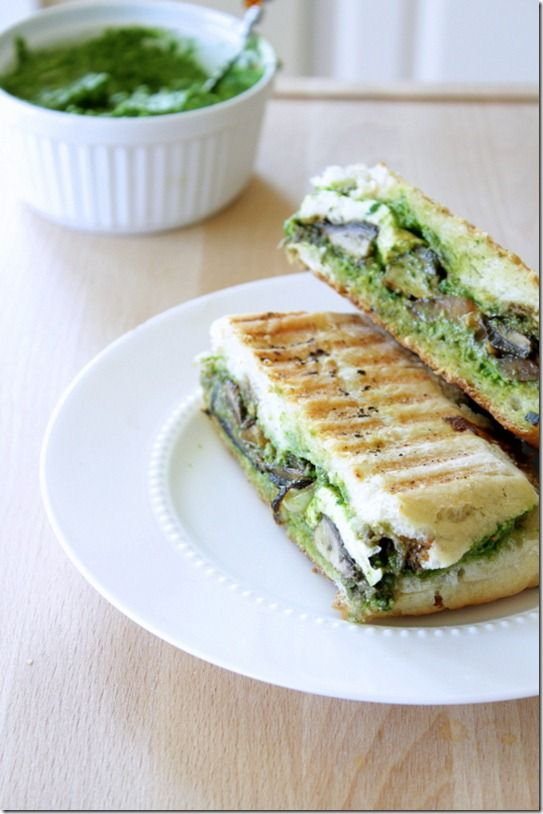 portobello and spinach pesto panini