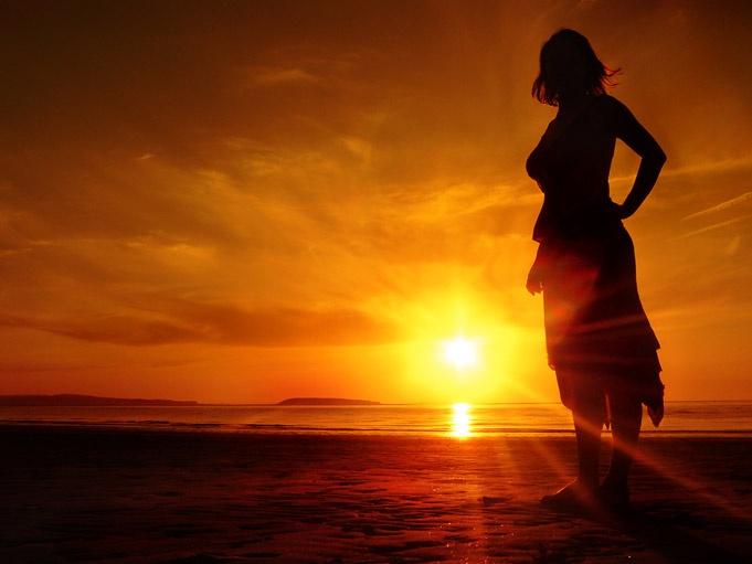 Sun Girl - Sunset Photography Wales - Lewis Ryan Photographer