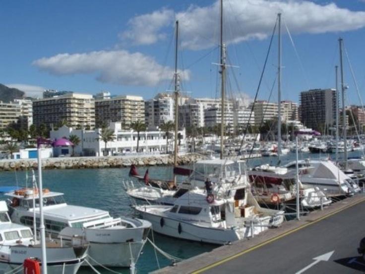 Travelport intră în sectorul închirierilor de locuri de acostare prin Portbooker