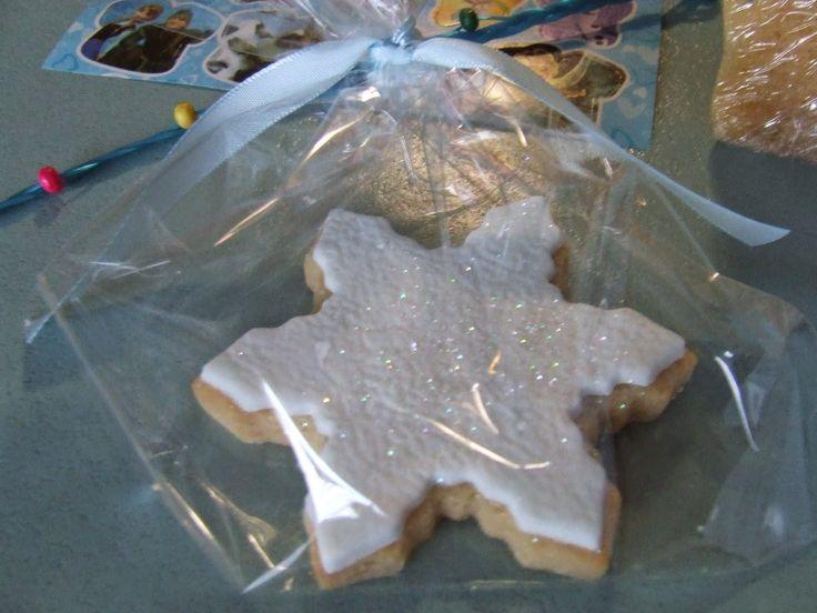 Kiwi Cakes: Princess Elsa's Coronation Frozen Party Menu - from Kiwicakes test kitchen