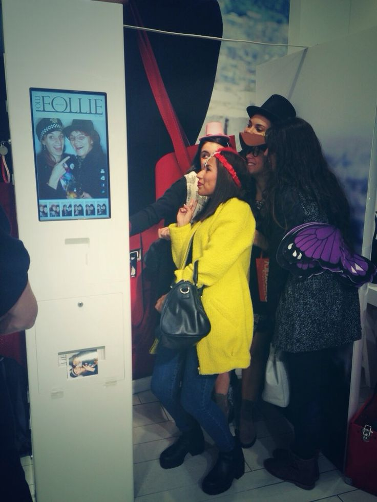 Photobooth time at @follifollie #RegentStreet #FNO