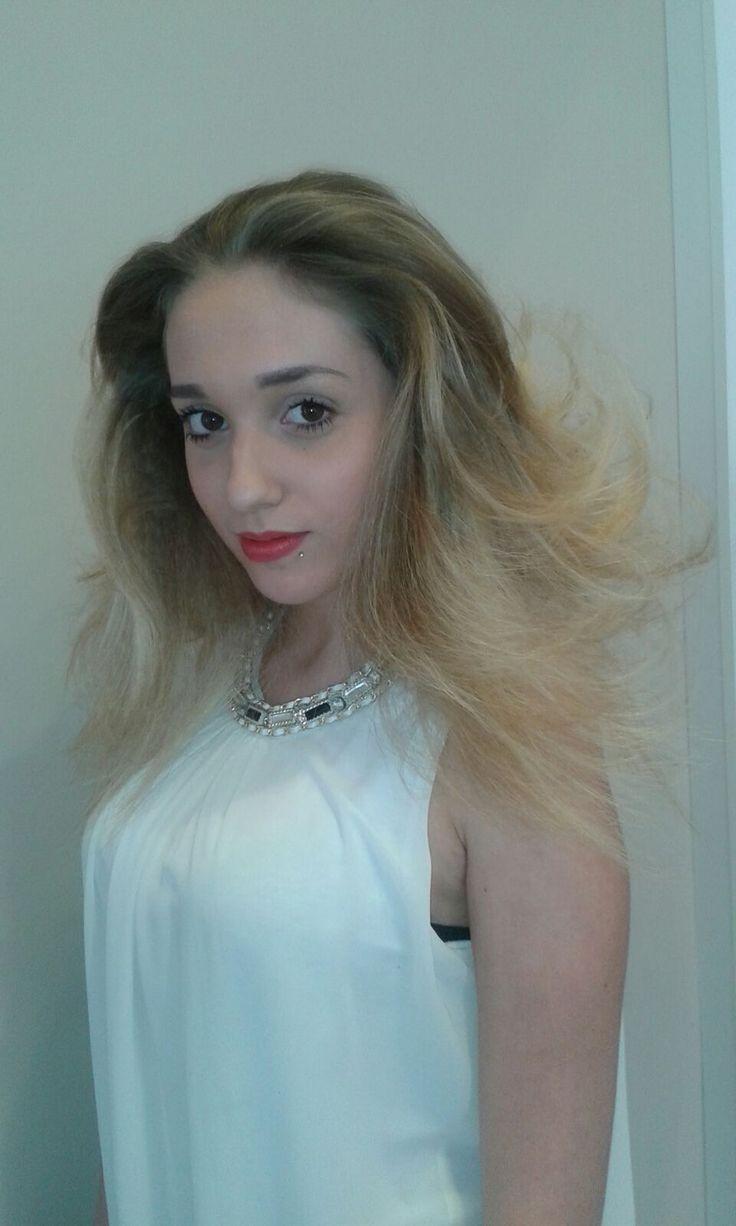 Nuova Collezione 2016 di Lp Parrucchieri  @LP Parrucchieri #capelli lunghi #colore #hairdresser #hairstylist #pettinatura #acconciatura