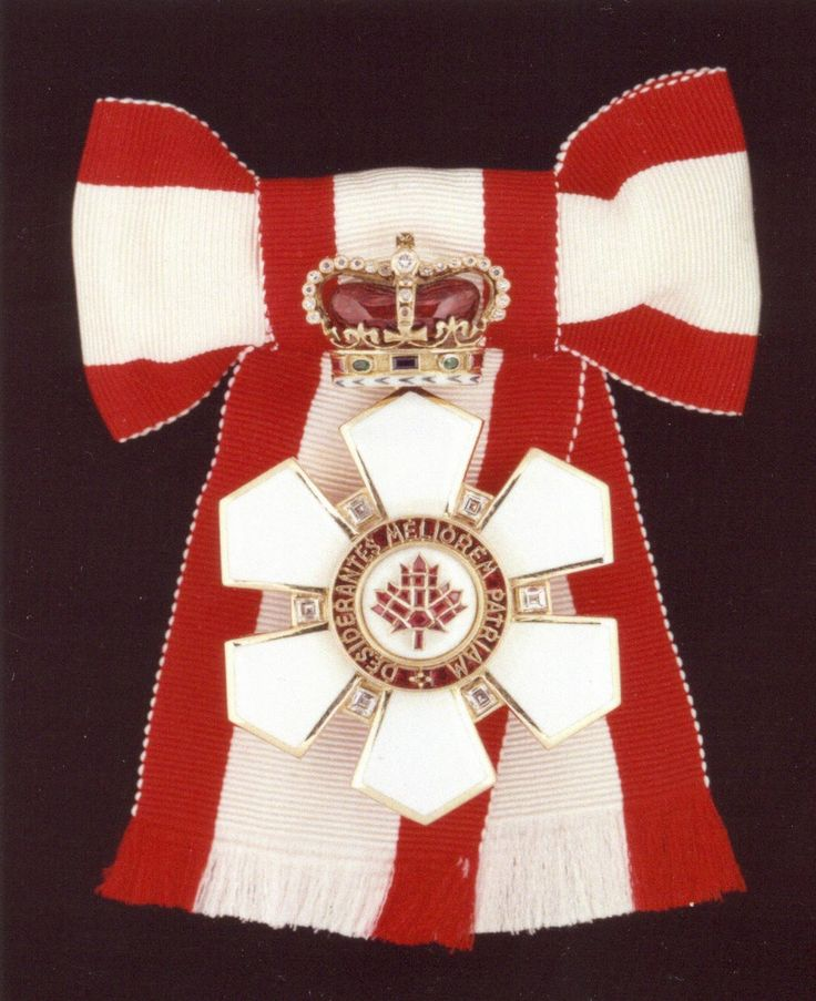 Order of Canada - Sovereign's Badge....