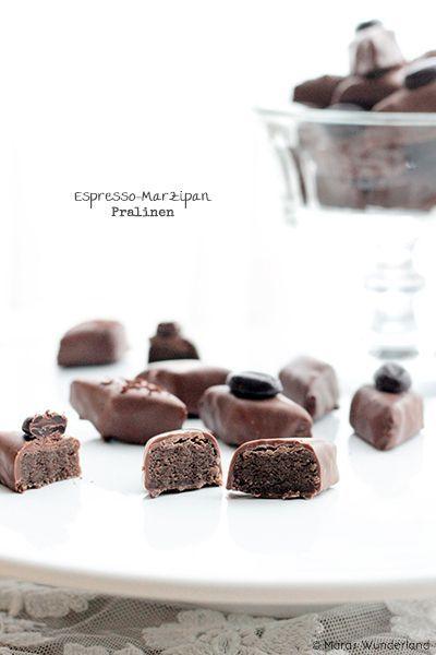 Espresso-Marzipan-Pralinen