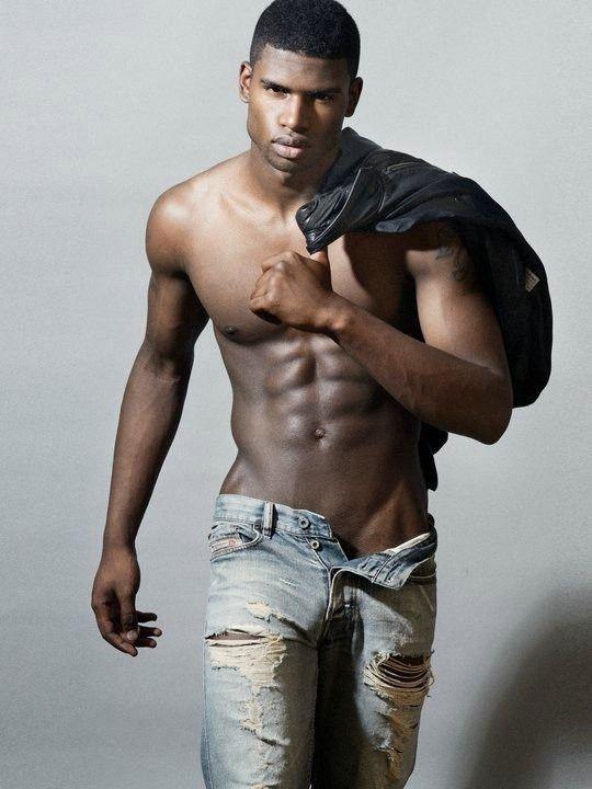 Naked african men bodybuilder