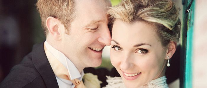 How to look sensational in your wedding photographs. Loads of top tips here for looking fabulous on your big day and creating the best wedding photography you can.
