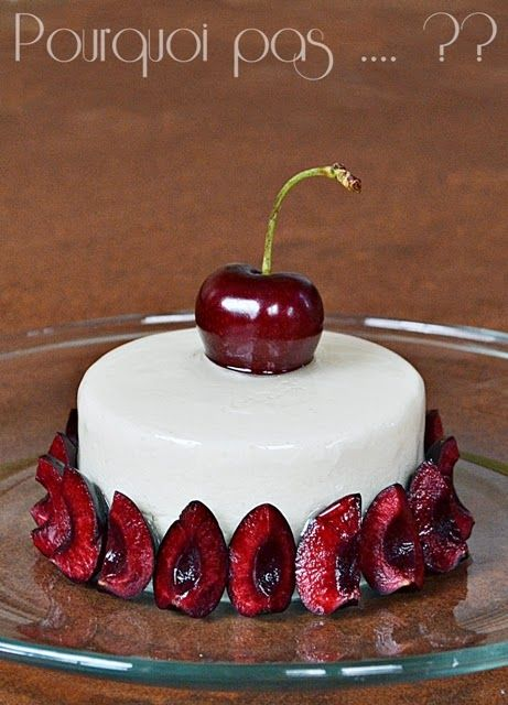 Lors de la dégustation du cake pistache/cerise , nous sommes tombés sous le charme du confit associant la cerise et l'amarena, évident tu m...