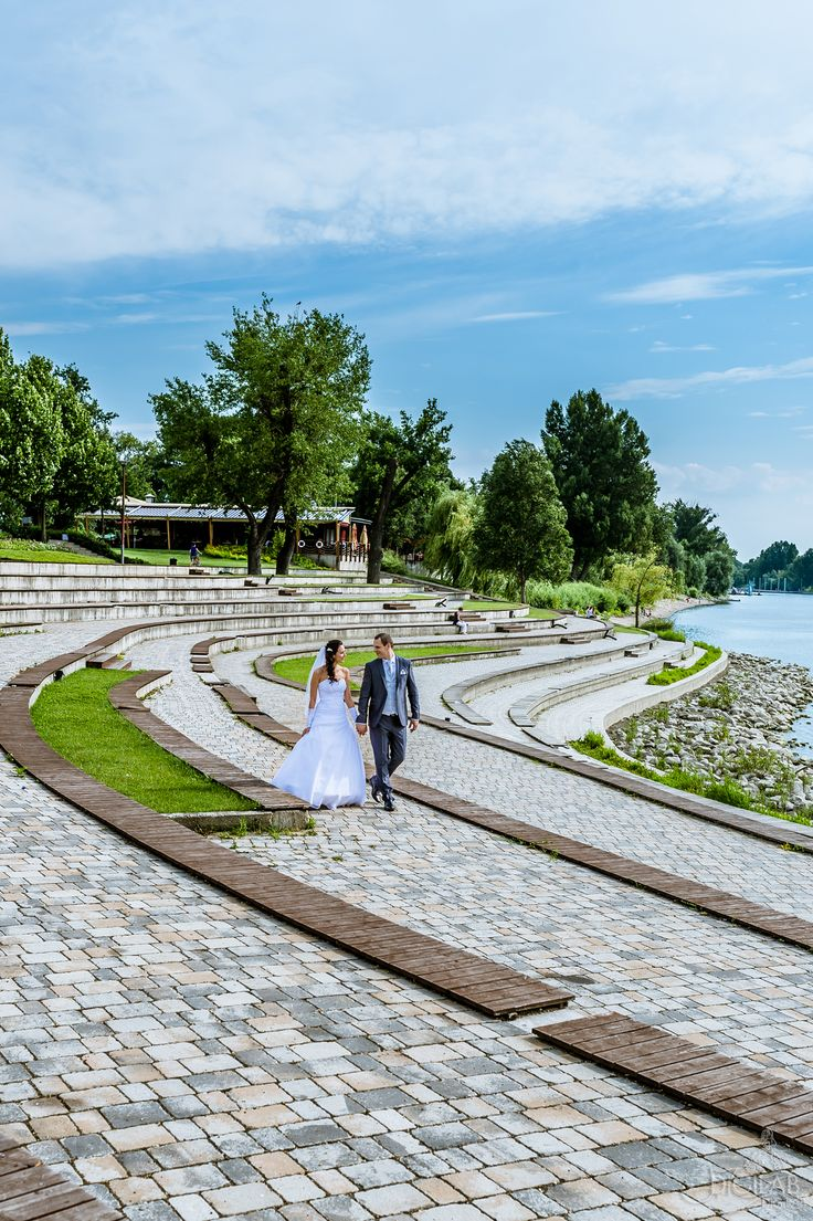 Walk www.digilab.hu #wedding, #eskuvo #weddingphotography