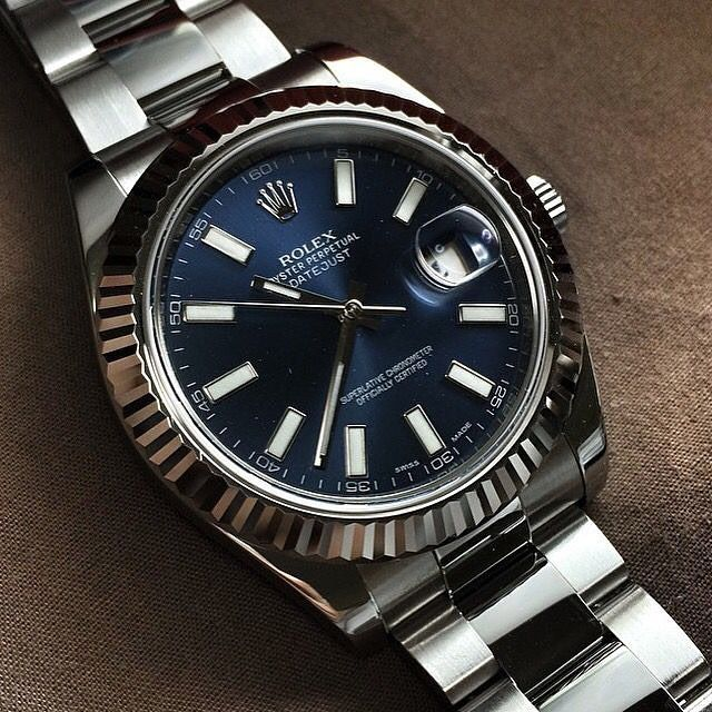 Rolex Magic. Happy Sunday.  #rolex #rolexero #rolexdatejust credit Pablo Pinares #rolexwatch #mondani #bobswatches #nyc #mensaccessories