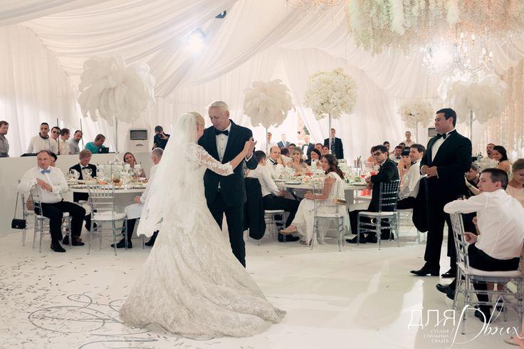 Белый свадебный шатер