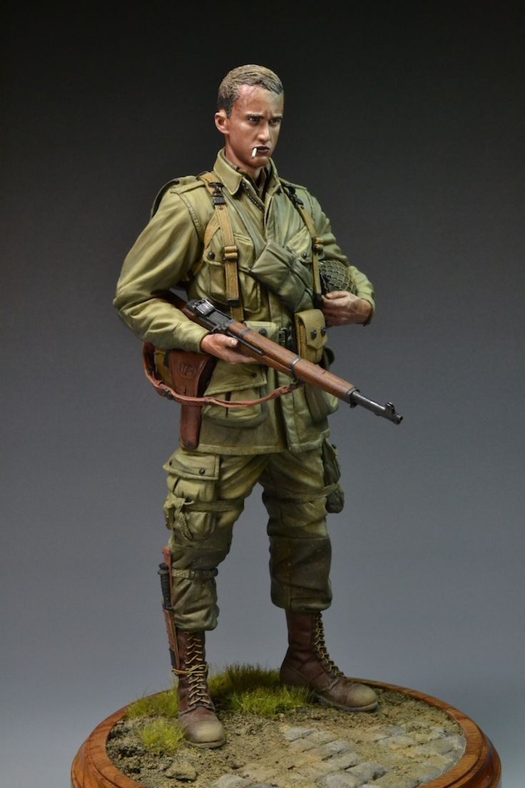 WWII D-DAY 101st Airborne 1/9 military miniature scale model.