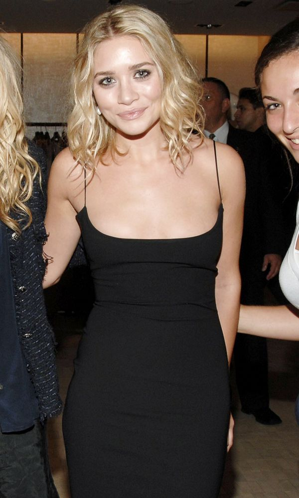 Olsens Anonymous Blog Ashley Olsen Chic And Simple Night Out Curl Long Bob Cut Cami Black Dress Far Event Beauty Smiles Lipgloss Lipstick Minimal photo Olsens-Anonymous-Blog-Ashley-Olsen-Chic-And-Simple-Night-Out-Curl-Long-Bob-Cut-Cami-Black-Dress-Far.jpg