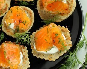 Holidays Gravlax Marinated Salmon Recipe - Healthy Marinated Salmon with Blinis - Easy Gravlax Salmon Recipe