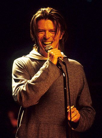 I love this concert for VH1 Storytellers #Bowie