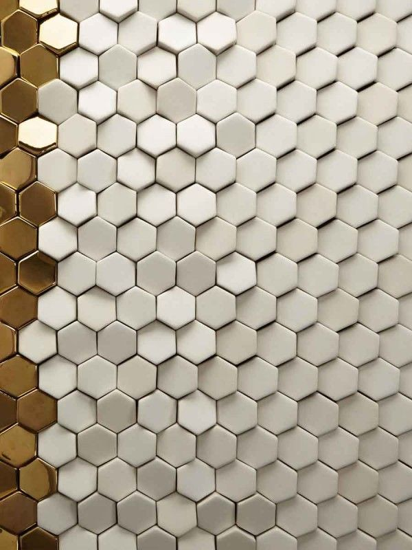 #Fliesen #Mosaik #Hexagon #weiß #gold