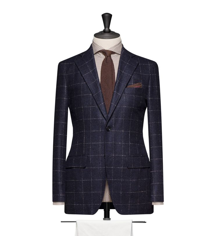 This cloth is Navy with a Mink Windowpane. Cloth Weight: 280g Composition: 58% Alpaca, 27% Wool and 15% Polyamid