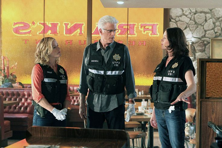 Elisabeth Shue, Ted Danson, and Jorja Fox in CSI: Crime Scene Investigation (2000)