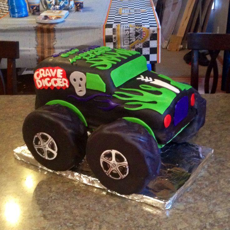 Monster Truck cake fondant Gravedigger