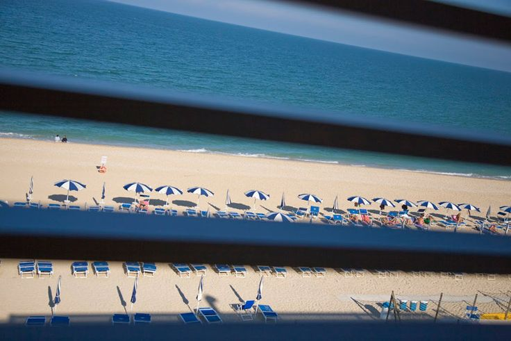 Viaggiare risparmiando a #Settembre? Con le nostre #offerte sarà ancora più semplice!  Contattaci subito per approfittare del pacchetto all inclusive. Scopri come su http://www.ilconero-mare.it/it/offerte-residence-marche.html ;) #Mare #Vacanza #RivieraDelConero