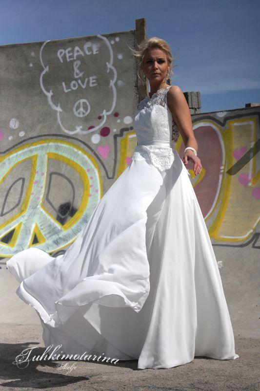 Dress: Eloise by Heidi Tuisku, Photo: Emma Nikkanen, Model: Kati, Hair: Emma Nikkanen, Makuup: Kati Kuhlberg