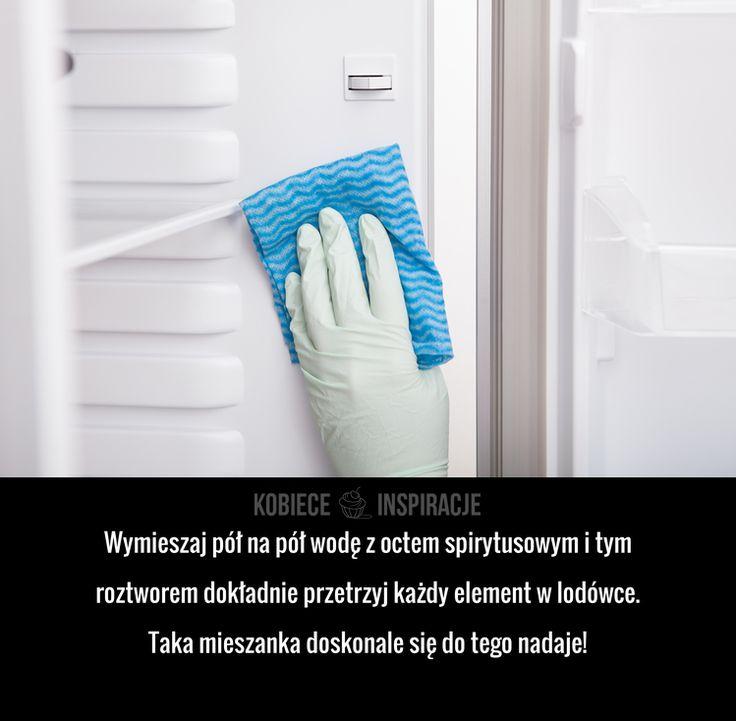 Czym sprawnie wyczyścisz wnętrze lodówki?