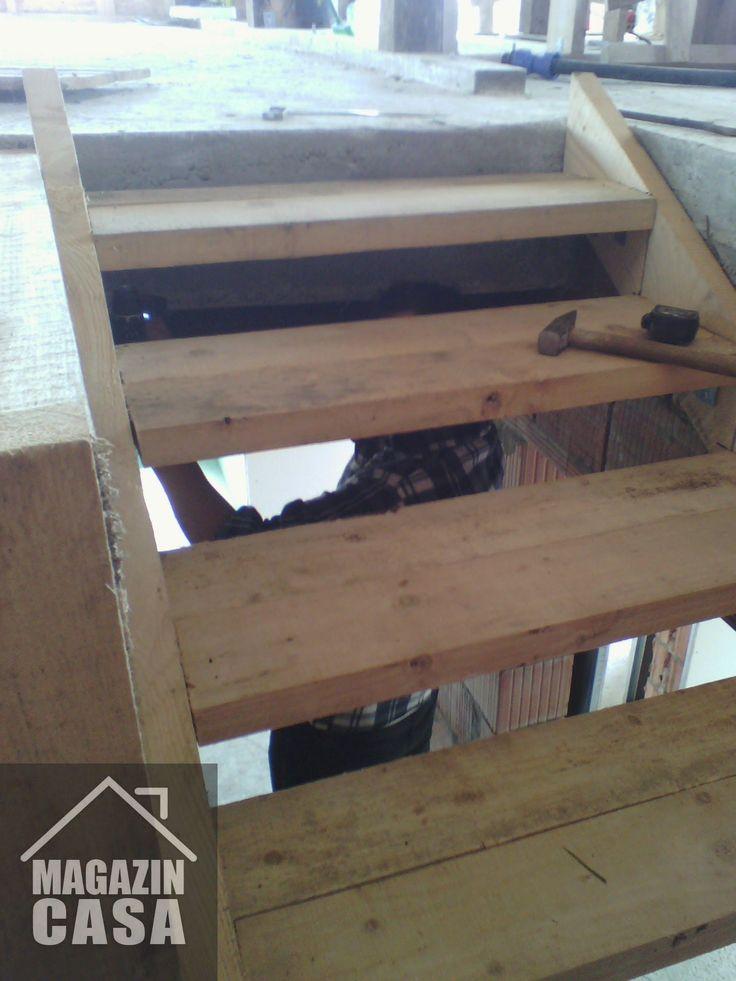 https://www.youtube.com/watch?v=WpXtdSyUFSQ Finisaje interioare Structura Scara de lemn inchidere dressing Timisoara Mosnita Veche