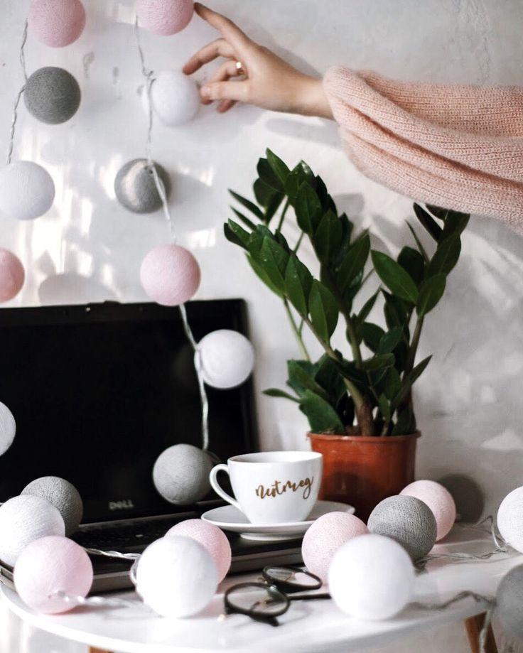 Гирлянда тайские фонарики «Rose Quartz» для красивого и уютного интерьера. / Cottonball lights interior decoration ideas.