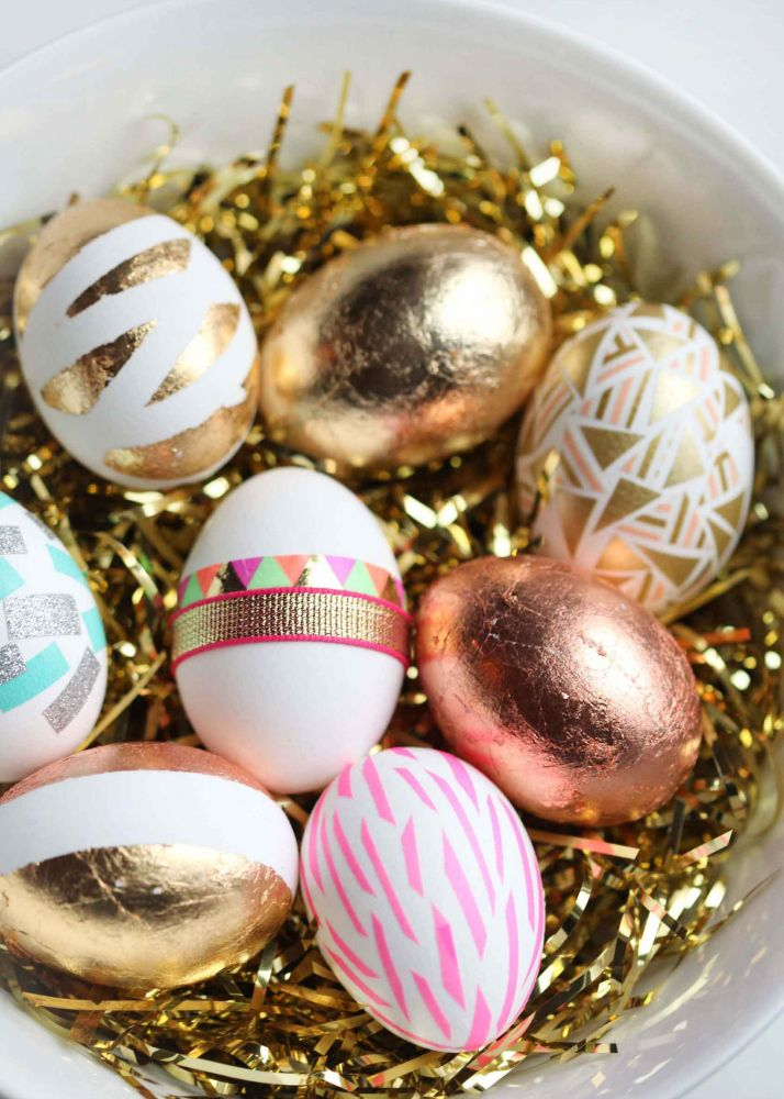 Pretty styled easter eggs in pink, gold and turquoise