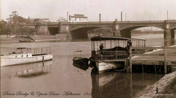 Princess Bridge, Yarra River Just under 100 years ago Lost Melbourne fb page